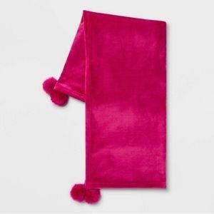 Opalhouse fucshia pompom throw blanket